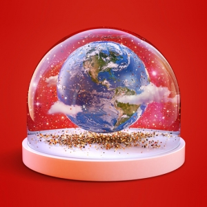 personalised snow globe